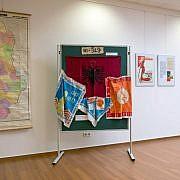 Ausstellungsstücke aus der Zeit des Stalinismus