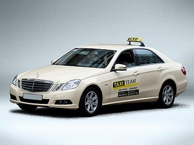 Taxi Team Autoaufkleber von Studio2